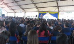 Dom Geremias visita o Colégio Pe José Pires